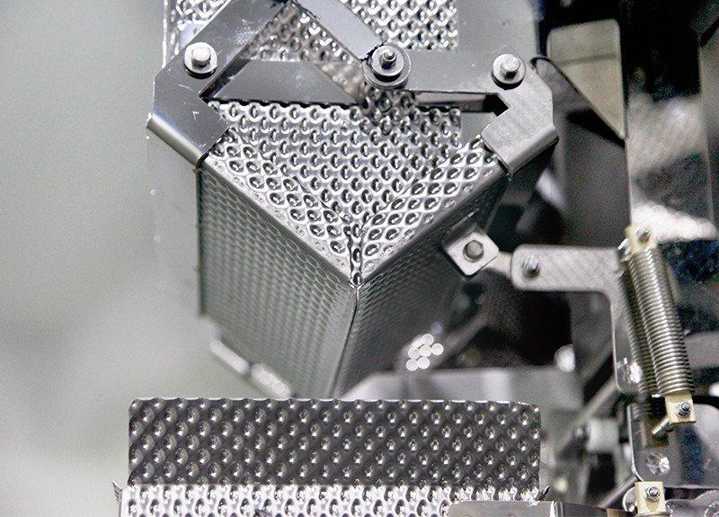 Kenwei trois bouteille machine de remplissage avec haute-qualité capteurs pour matériaux de haute viscosité-4