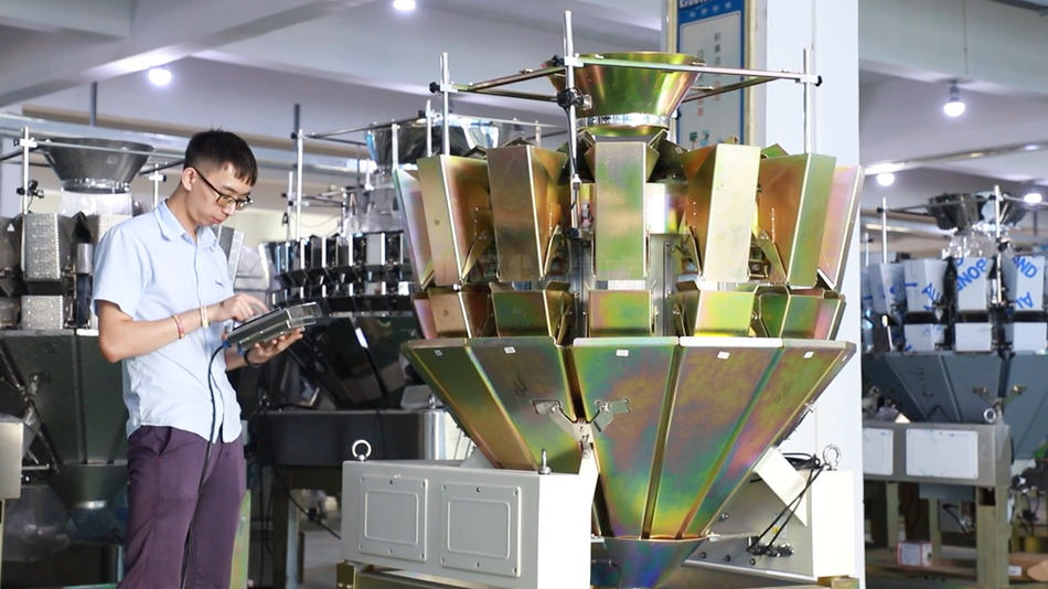 Hot sale multihead weigher for weighing hardware from Kenwei