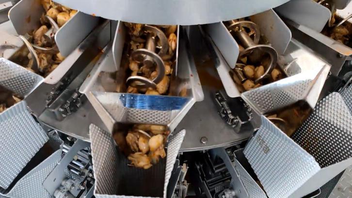 Двухслойная многоголовочная система дозирования со шнековым дозатором для розлива устриц